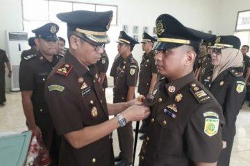 Kajari Lampung Tengah Lantik Tiga Pejabat Baru