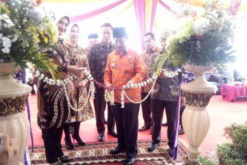 Herman HN Resmikan Bank Mega Syariah Relokasi Kacab Lampung