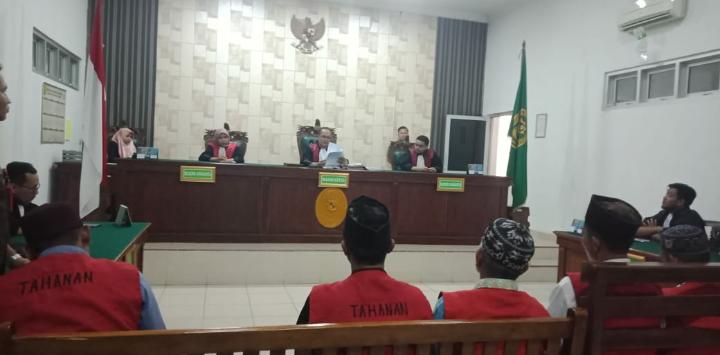 Tujuh Terdakwa Kasus Pengerusakan di PT. Elders Indonesia Divonis 7 Bulan Penjara