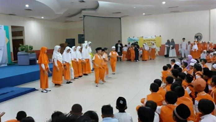 Rumah Zakat Indonesia Berikan Santunan Kado Lebaran kepada 1.440 Anak Yatim dan Dhuafa
