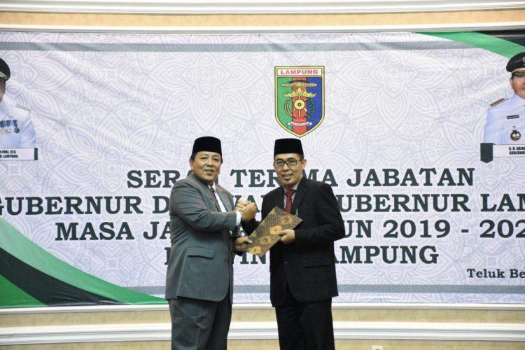 Gubernur Arinal Serahkan SK Plt Bupati Lamtim kepada Zaiful Bokhari