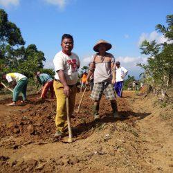 Gotong Royong di Pekon Fajar Agung Ciptakan Kemajuan Bersama