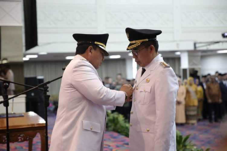 Gubernur Arinal Lantik Zaiful Bokhari Jadi Bupati Lampung Timur Definitif