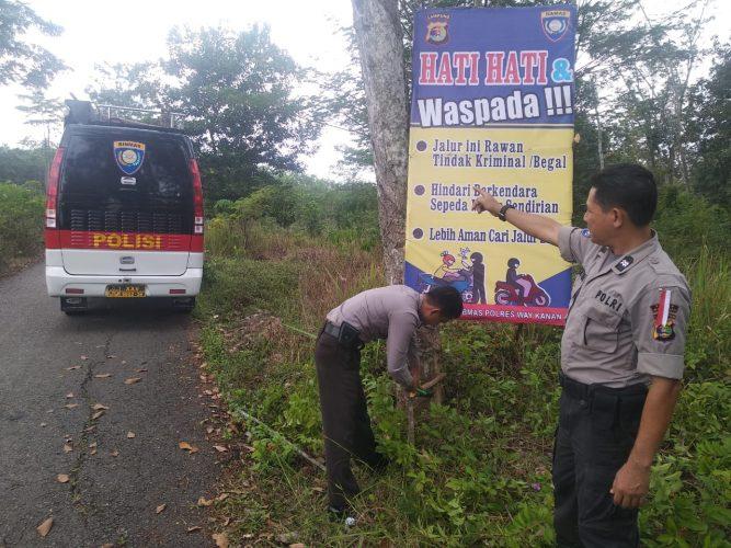 Polres Way Kanan Pasang Himbaun Jalur Rawan Kriminal