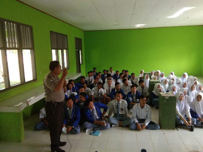 Operasi Bina Kusuma Krakatau 2019, Polisi Binluh ke Pelajar SMAN 1 Negeri Agung