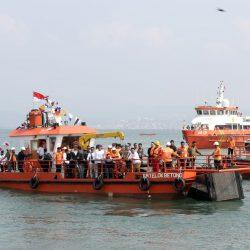 Wujudkan Laut Bersih, Gubernur Arinal Luncurkan Kapal Pembersih Sampah