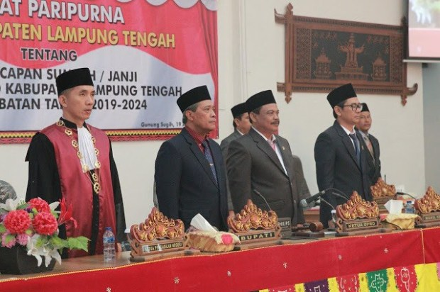 Bupati Lamteng Hadiri Pelantikan 50 Anggota DPRD Terpilih