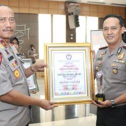 Kapolres Payakumbuh Mendapat Penghargaan dari KPAI dan Polda Sumbar