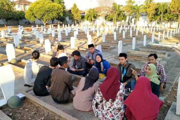 Pringati Hari Pahlawan, PMII Darmajaya Ziarah Ke Makam Pahlawan