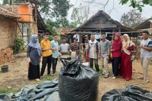 Dosen Nutrisi Teknologi dan Pakan Ternak UM Kotabumi Adakan Penyuluhan Fermentasi Jerami Padi