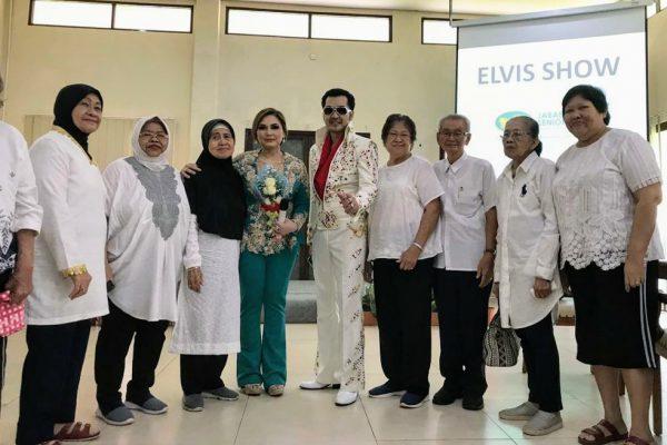 HUT Elvis Presley Bersama Nia Daniaty di D'Khayangan Senior Club Berlangsung Semarak