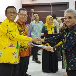 Achmad Pairin Kukuhkan Tim Percepatan Akses Keuangan Daerah (TPAKD) Kota Metro