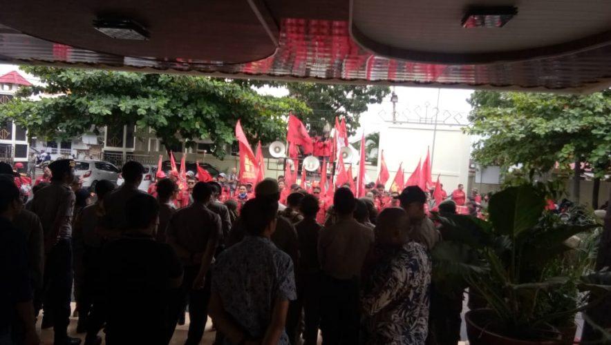 Soal RUU Cilaka Omnibus Law, DPRD - FSBKU Sepakat Menolak!